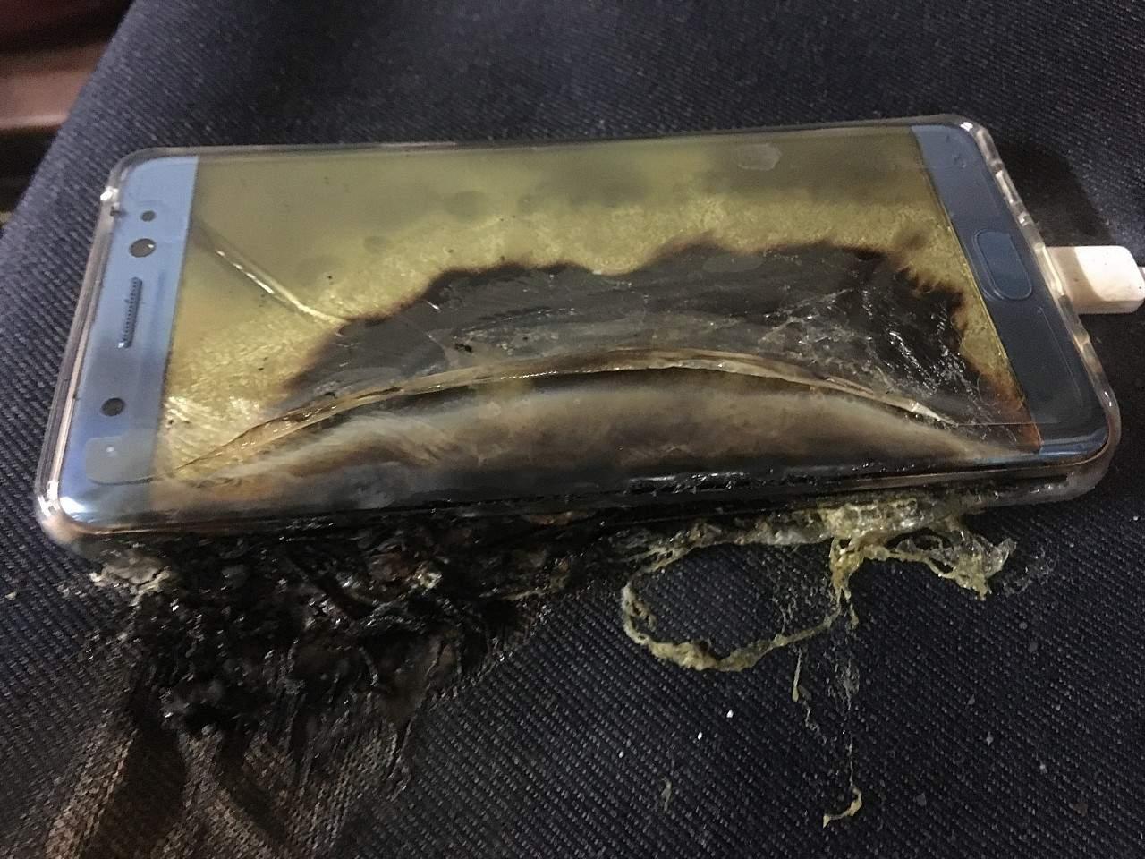 Samsung Galaxy Note 7 Patlama Sebebi Videosu 2